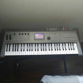Yamaha MM6 Music Synthesiser