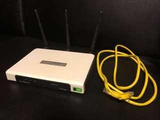 TP-LINK Ultimate Wireless N Gigabit Router 路由器