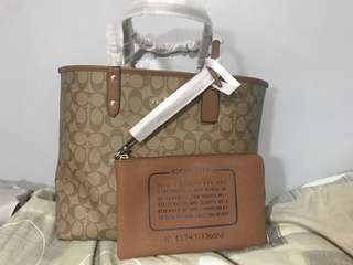 COACH REVERSIBLE TOTE BAG with pouch
