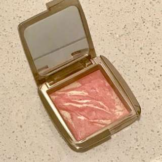 Hourglass Ambient Diffused Heat Authentic