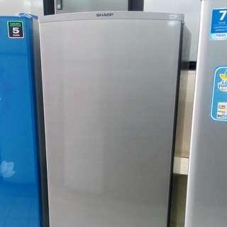 Sharp kulkas freezer