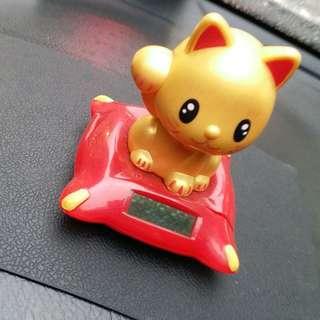 🚚 旺旺貓咪一家親 扭蛋 招財貓金色太陽能公仔