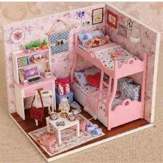 DIY小屋 小女孩睡房
