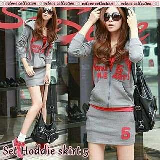 Set hoddie skirt matt babyterry jacket ada kantong+sleting+rok ada kantong knn kiri+ inner spdx tanktop merah