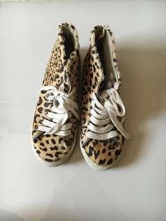 Zara Leopard Print