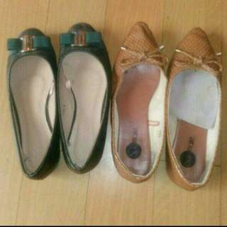 🌕TAKE ALL 2 PAIRS LADIES FLATS SIZE 6 AND SIZE 7