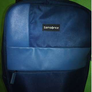 somsonite begpack laptop