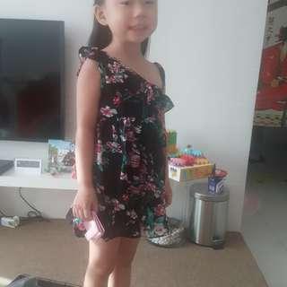 girl  flora dress