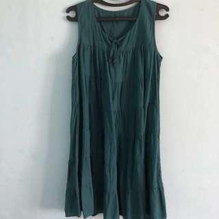 Dress (green)