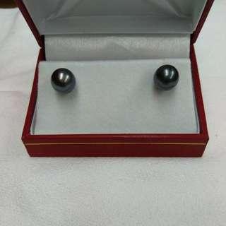 18K白金大溪地黑珍珠耳環