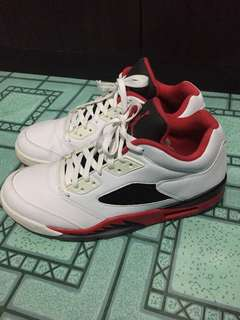 Jordan 5 low Fire Red. Size 11! Rush!