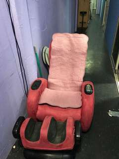 Massage chair wit transport