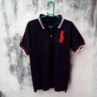 Kaos Polo Berkerah