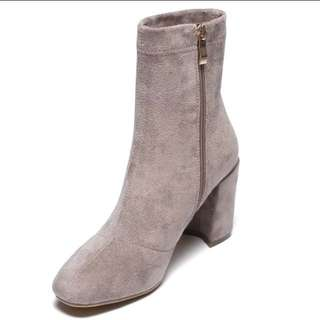 Ankle boots (light grey)