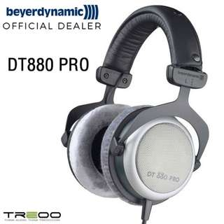 Beyerdynamic DT880 PRO Over-the Ear Headphone