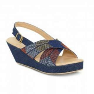 Sepatu missy