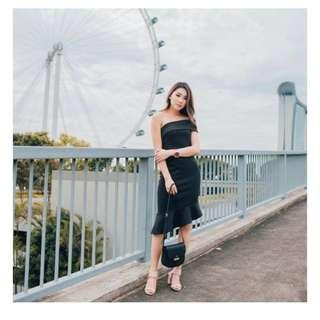 Mikayla Evelyn Toga Dress in Black in S