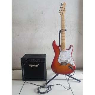 Gitar Electric Fender Stratocaster  Custom & Amply Russel 3-G15