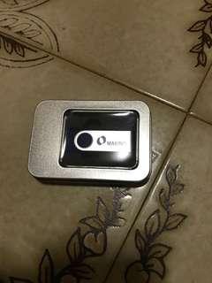 BNIB 8 GB thumbdrive/pendrive