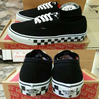 Vans authentic checkerboard tape black