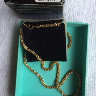 Avon gold plated necklace