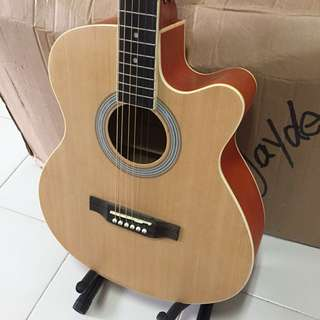 Best price in town! Brand New Acoustic Guitar