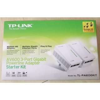 TP-LINK TL-PA6030KIT AV600 3-Port Gigabit Powerline Adapter Starter Kit