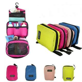 Hanging Travel Toiletries Bag (Ready Stock)