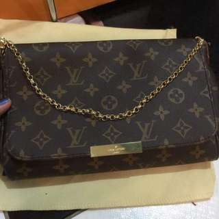 Ukay Louis Vuitton Favorite sling bag
