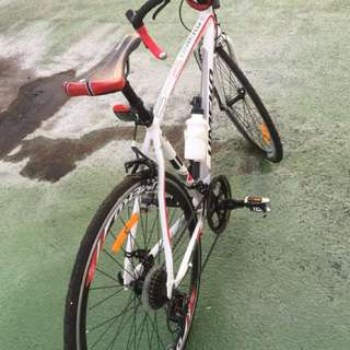 bike very cheap 100% alloy smooth no dent i want to sell it because i want to buy a motor