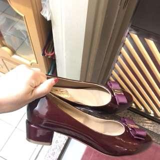 Salvatore Ferragamo 暗紅色鞋