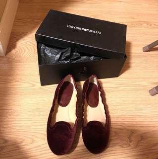 正版EMPORIO ARMANI 37碼平底鞋(原價3500)