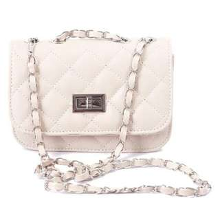 SoKaNo Trendz Lady Quilted Leather Chain Crossbody Bag	- Beige