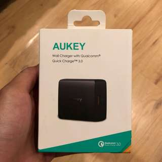 Aukey 18W Wall Charger (Quick Charge 3.0)