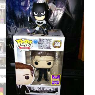 (ON HAND) Batman Mystery Minis and Bruce Wayne Justice League DC Funko Pop Bundle