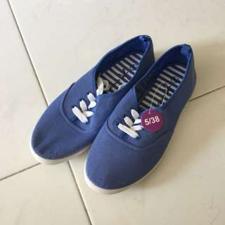 Ladies' Canvas Casual Shoes
