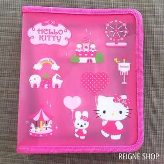HELLO KITTY STATIONERY SET WITH CASE