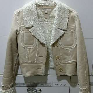 Tommy jeans 羔羊毛短版修身外套