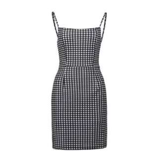 Straight neck gingham mini dress