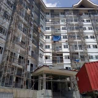 CONDOMINIUM LOCATED NEAR THE HIGHWAY IN TALISAY AND CEBU CITY THROUGH SRP!