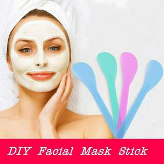 Facial mask stick / spoon