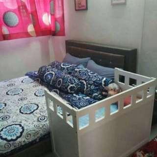 Co-sleeper/bedside bed/katil tambahan untuk baby