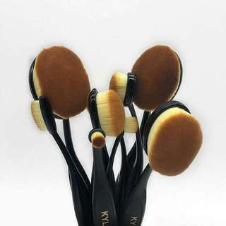 Kylie Makeup Brush Set 10pcs