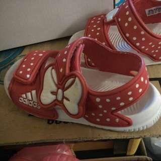 Adidas girl sandal