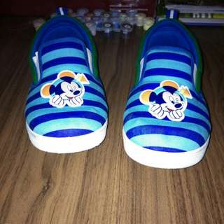 Disney boy shoe