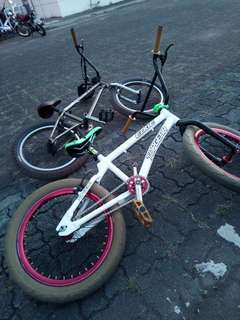 BMX (Top gear frame color white)