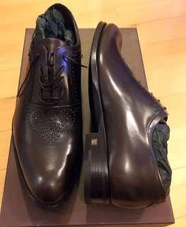 LV 真皮鞋