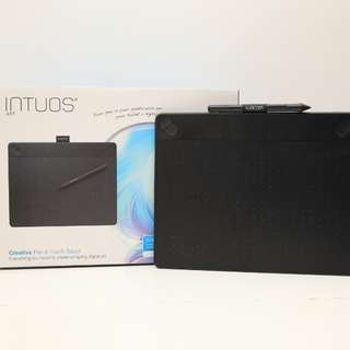 Wacom Intuos art medium (有單行九成新)