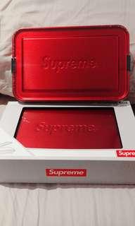 Supreme x SIGG Large Metal Box Plus
