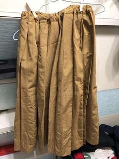 韓國款芥黃色百褶有內里全橡筋腰半身裙